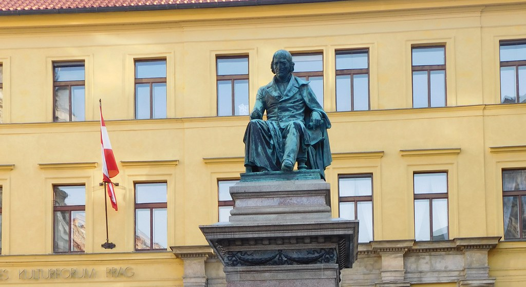Memorial to Josef Jungmann - Prague - December 2015  (2)