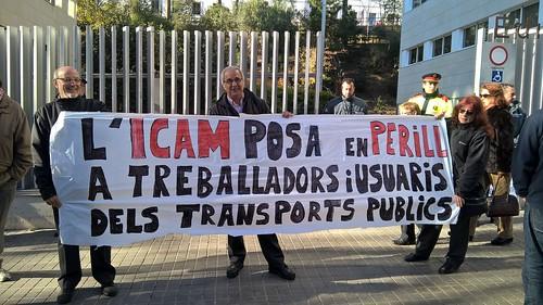 #pressingICAM Es manifesten a l'ICAM contra les altes injustificades convocades per CGT Bus 2