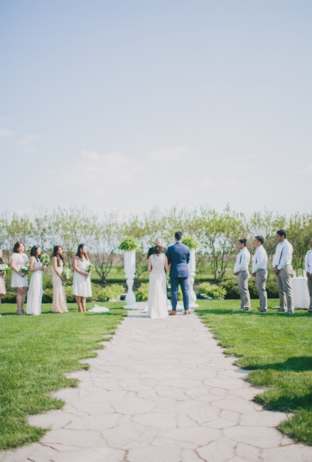 Garden wedding ceremony - Garden Chic wedding in Ontario The bride wears #BHLDN wedding dress | Photography: Fern Shin Photography | Read more on Fab Mood - UK wedding Blog #gardenwedding