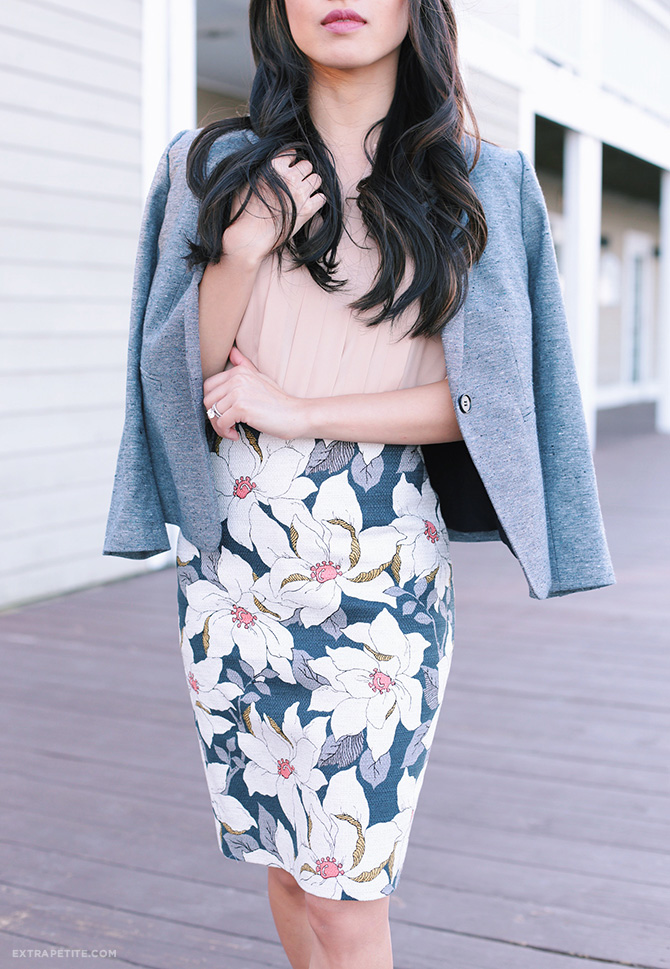 spring work outfit idea petites blazer floral pencil skirt