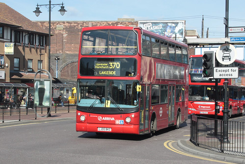 Arriva Southern Counties 6116 LJ05BKG