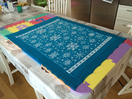 Snowflake blanket