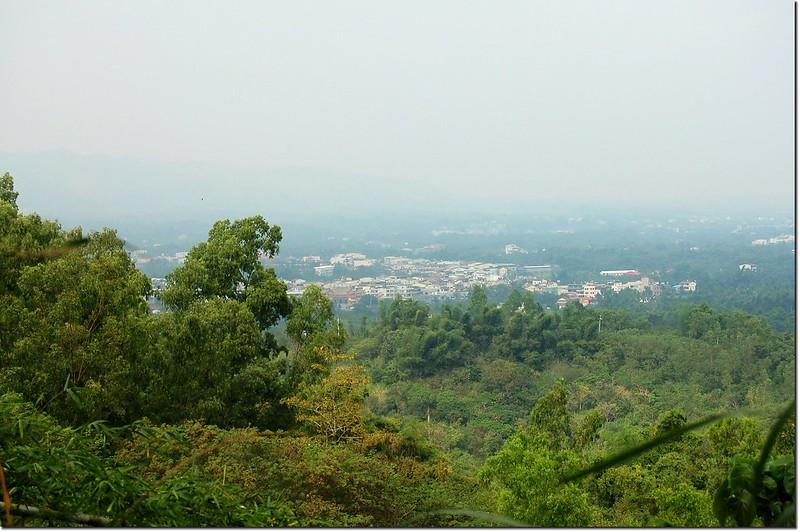 腳帛寮山頂俯瞰內門地區
