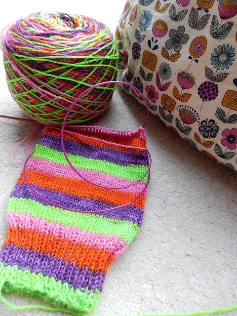 magic loop continental knit stripy socks (1)