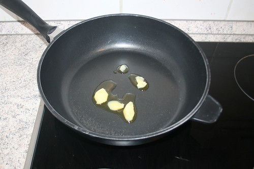 22 - Butterschmalz erhitzen / Heat up ghee