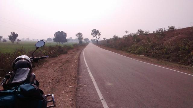 road-to-khajuraho-1