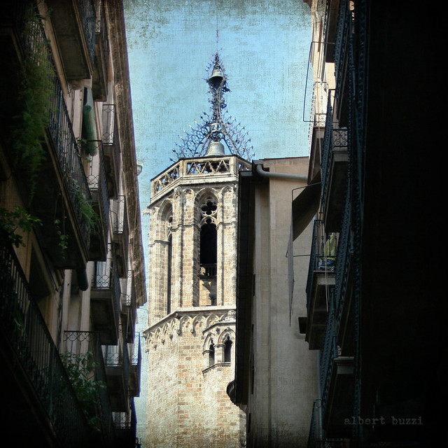 bBcn046:  Barcelona - Ciutat Vella - Sant Pere, Santa Caterina i La Ribera