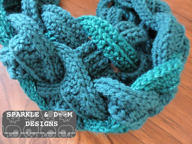 DoubleLayered Braided Cowl01a