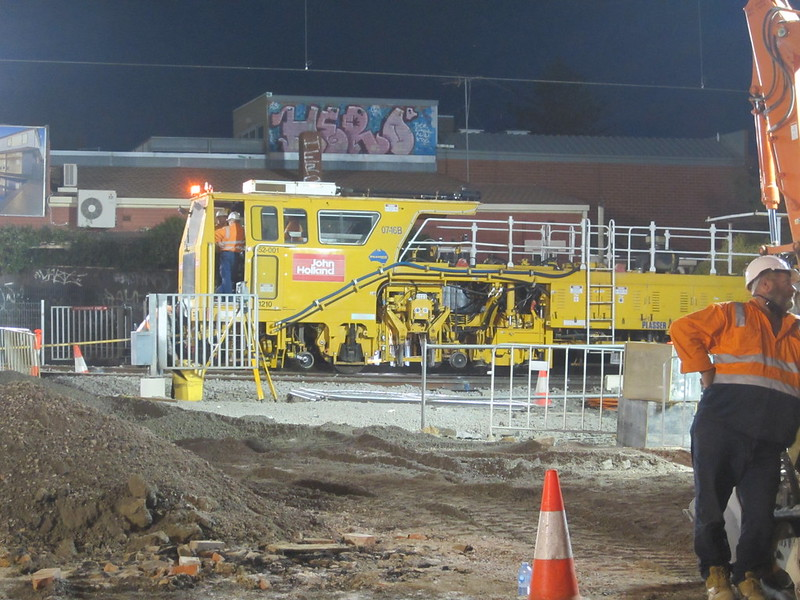 Mckinnon level crossing removal works