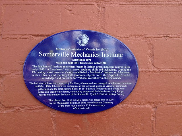 Photo of Somerville Mechanics' Institute blue plaque