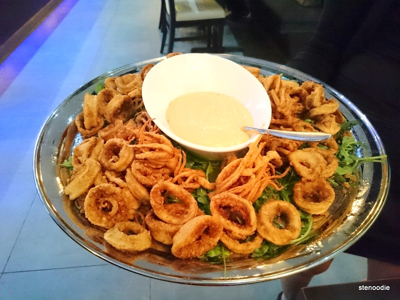 Platter of calamari with spicy mayo dip