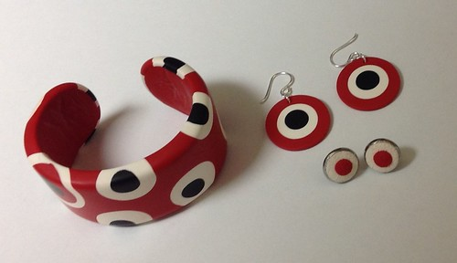 Bold pattern - bracelet and earring set