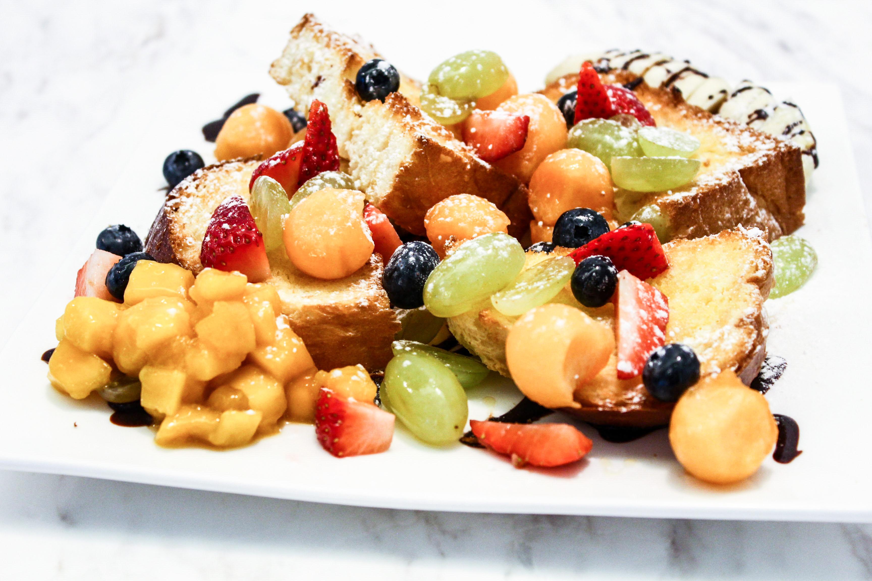 Bingki Cafe: Fruit Bread
