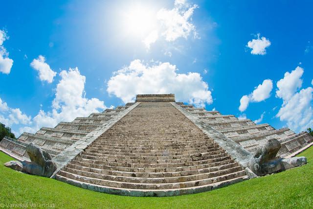 El Castillo - Chichén Itzá - Mexico