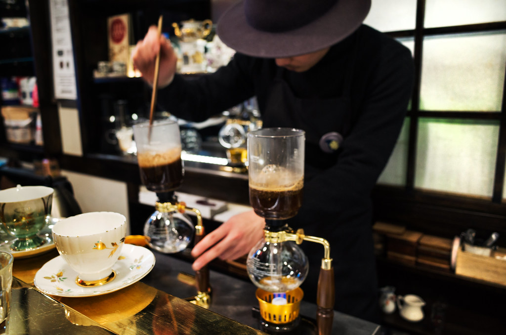 siphon coffee @ Hi-Collar