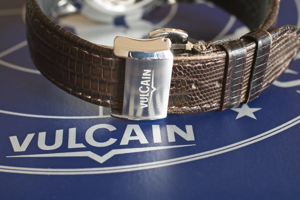 vulcain - [Revue] Vulcain 50s President' watch cricket 39mm ref : 100153.295L 25493838911_4b8621f0a9_b