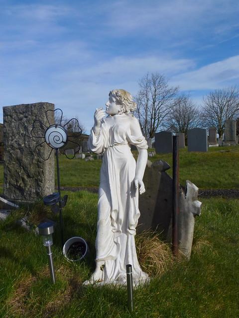 Neilston Cemetery (57)