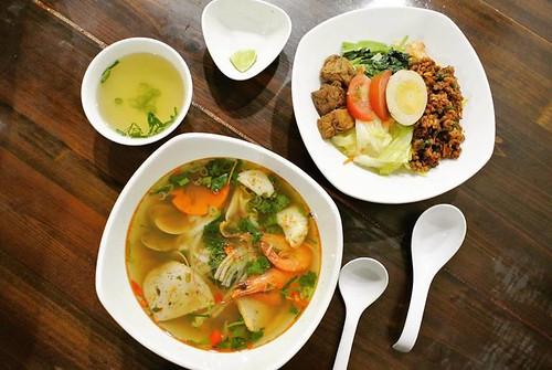 【台中越南泰式料理-好吃河粉】一中商圈平價越南泰式料理!好吃河粉到底好不好吃咧?就讓酸酸辣辣的滋味擄獲您的味蕾吧!