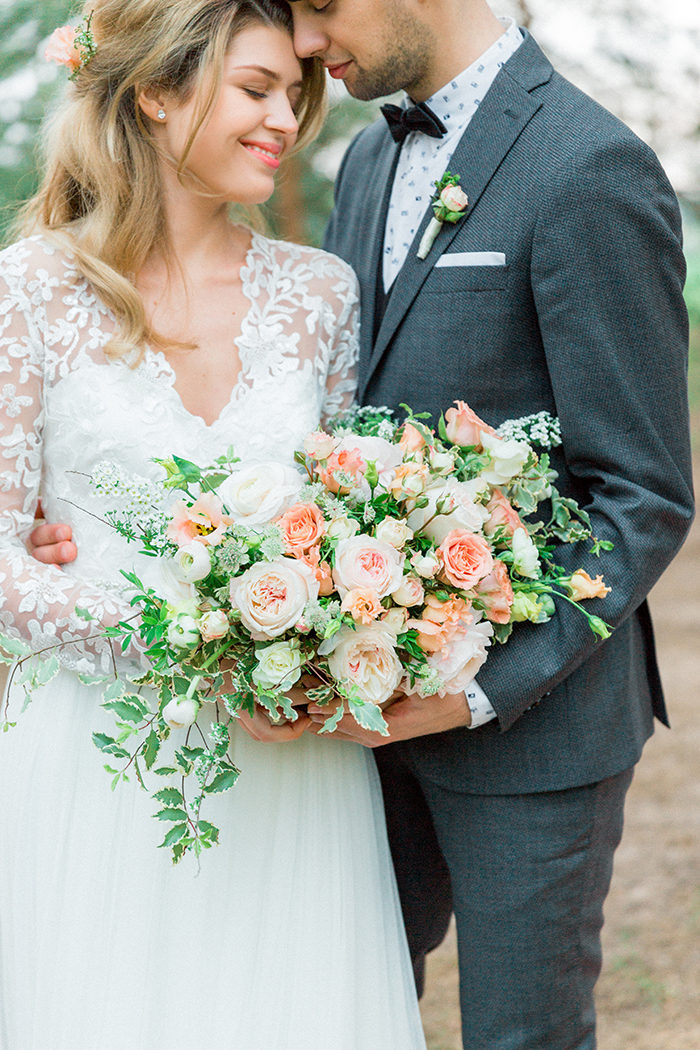 Peach wedding bouquet for a Romantic Woodland Wedding Inspiration { Soft Peach Tones } | Photo by Igor Kovchegin Photography | Read more on Fab Mood - UK wedding blog