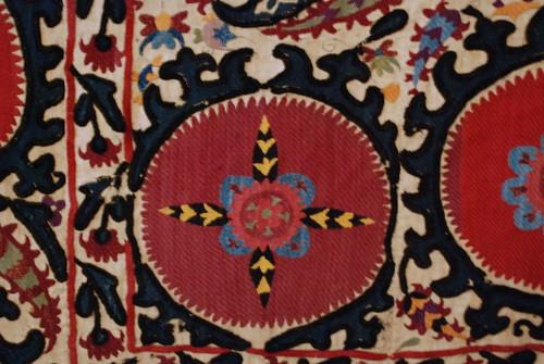 museum asia embroidery tajikistan ethnography khujand suzani тоҷикистон sughd осорхона хуҷанд суғд