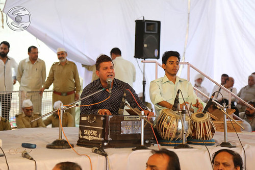 Devotional song by Manjeet Rupowalia from Ludhiana, Punjab