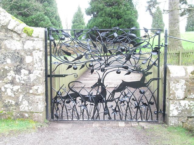 Falkland Palace gate
