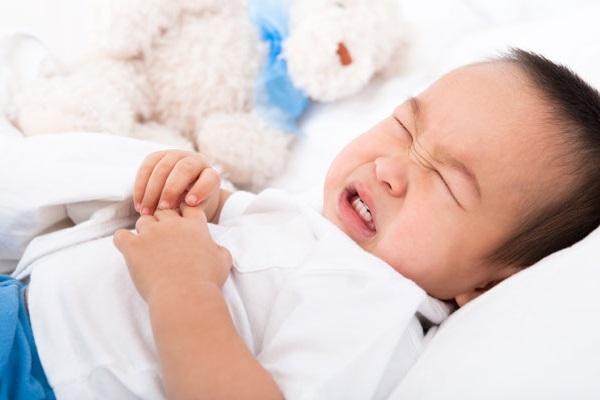 An toàn cho trẻ: Trước khi trẻ tập đi 2