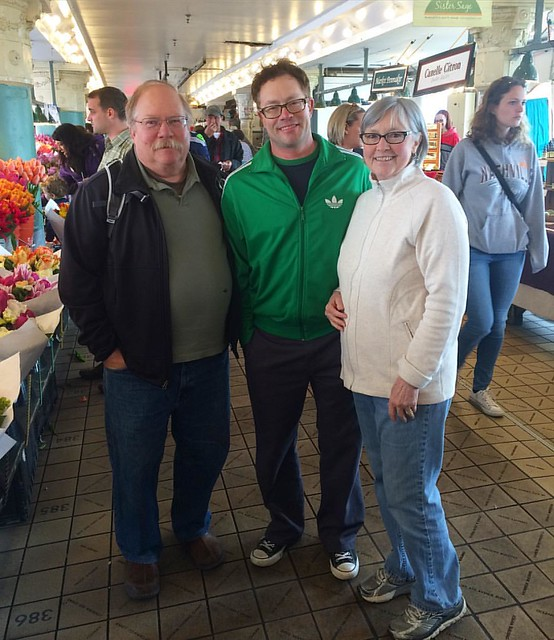 @djmagicelf and parents at Pike Place. 👪