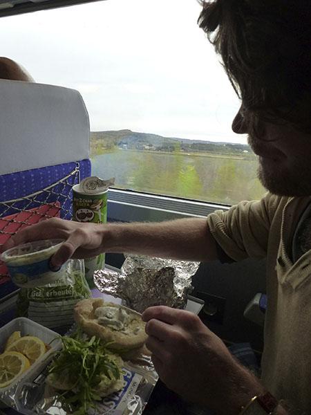 pique nique dans le train