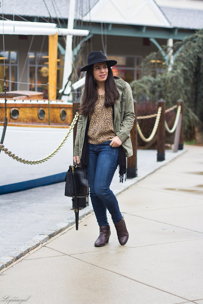 leopard sweater, field jacket, denim, wool fedora-2.jpg