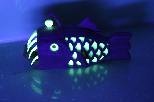 3D Printing - Anglerfish - Glowing in Blacklight 2