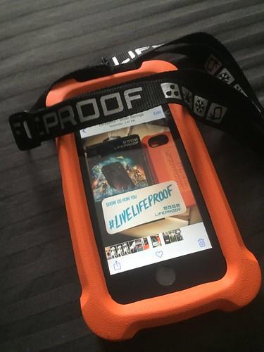 Life jacket LifeProof iPhone6 case