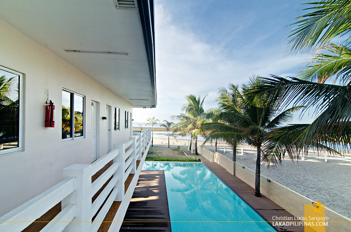 Brizo Hotel & Resort Morong Bataan Veranda