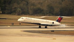 1989 McDonnell Douglas MD-88