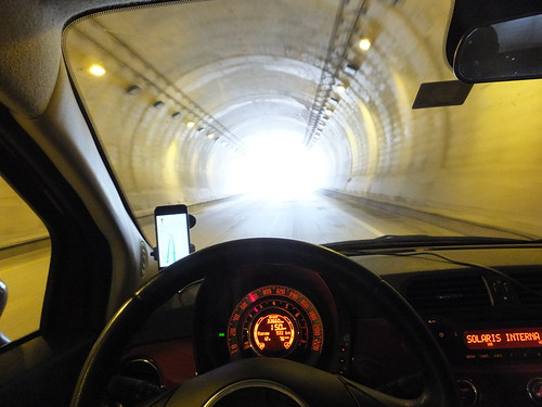 travel light mexico tunnel autopista dashboard fiat500 travelogue