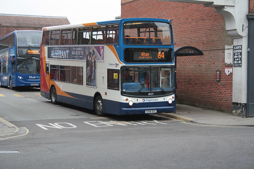 Stagecoach South 18527 GX06DYC