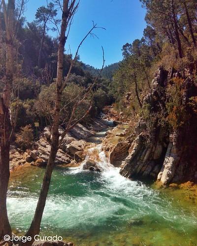 Río Borosa. #rioborosa #sierradecazorla #cazorla #cazorlaseguraylasvillas #jaen #hikking #senderismo #andalucia #andalusiaphotography #tourism #landscape #landscapephotography #photography #countryside #rio #river #jorgecurado #mobilephotography #mountain