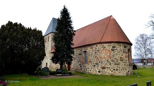 Rockenthin - Feldsteinkirche (02)