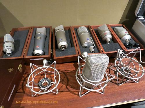 Koleksi Microphone Neumann