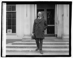Eugene Debs leaving the White House: 1921