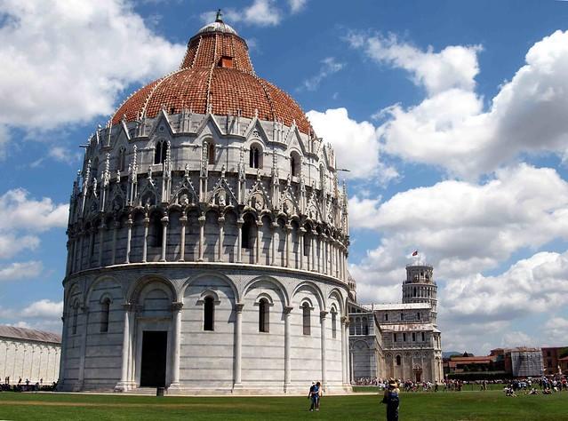 Piazza dei Miracoli  Pisa Italy 131