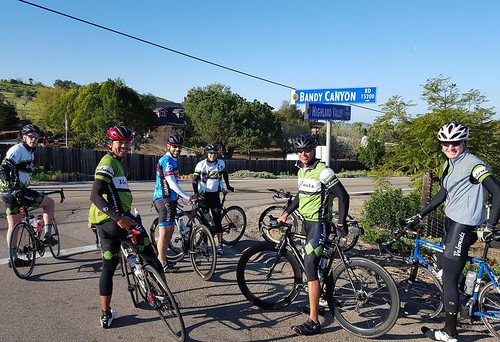 Morning nutz ride to San Pasqual Valley.