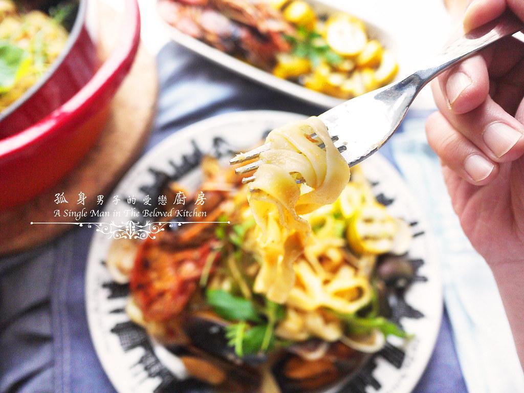 孤身廚房-寶迪鍋一鍋到底茄汁綜合貝類義大利麵佐烤天使紅蝦與櫛瓜38
