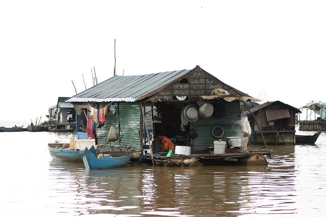 Tonle Sap Floating Village, Canon EOS DIGITAL REBEL, Canon 70.0-300.0 mm