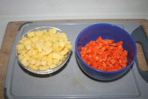 26 - Ein Viertel von Kartoffeln Möhren bei Seite legen / Keep on quarter of potatoes & carrots