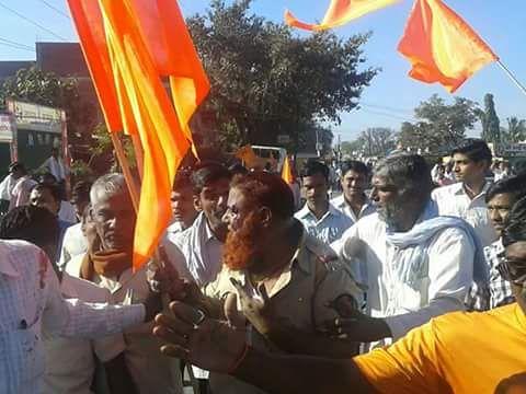 Muslim ASI beaten in Latur