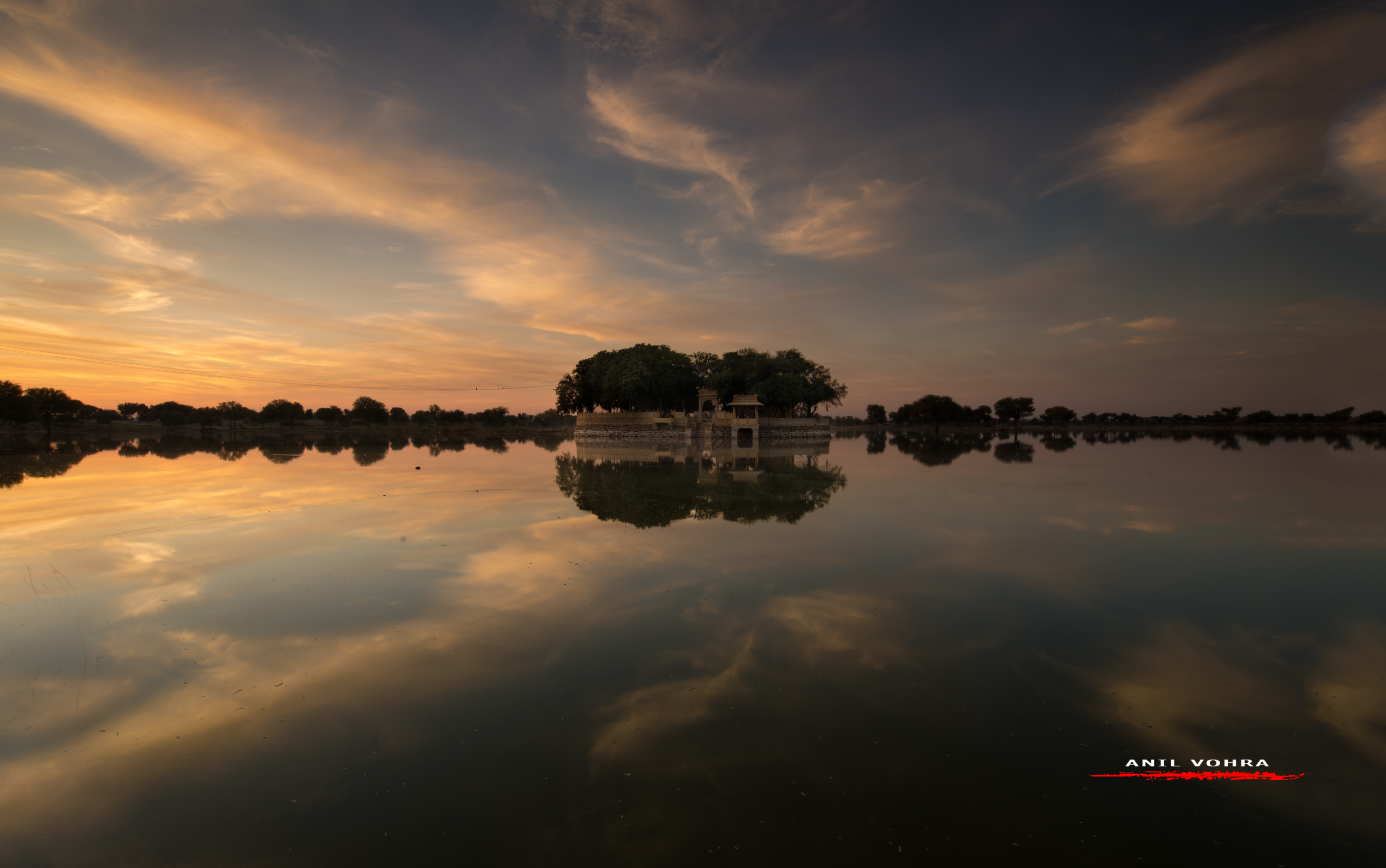Dawn at Gadisar Lake, Jaisalmer