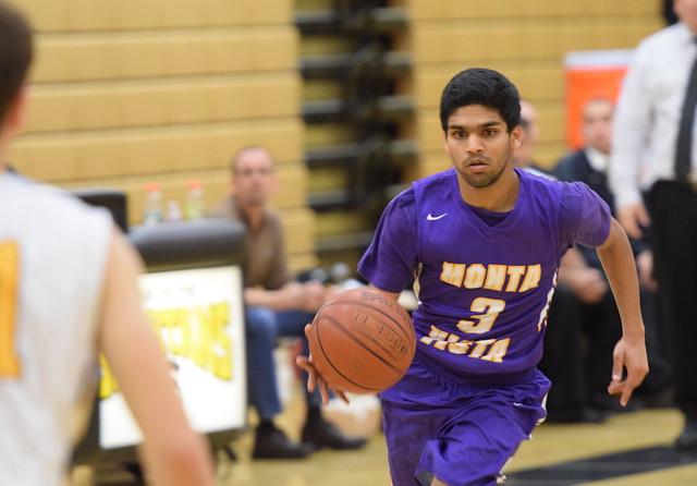 Boys basketball vs Mountain View HS