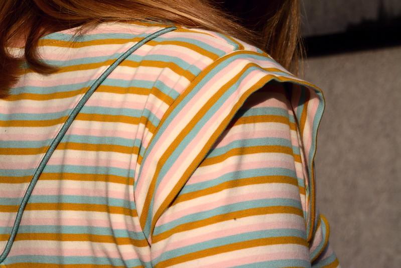 Tulip T-shirt #2 - shoulder