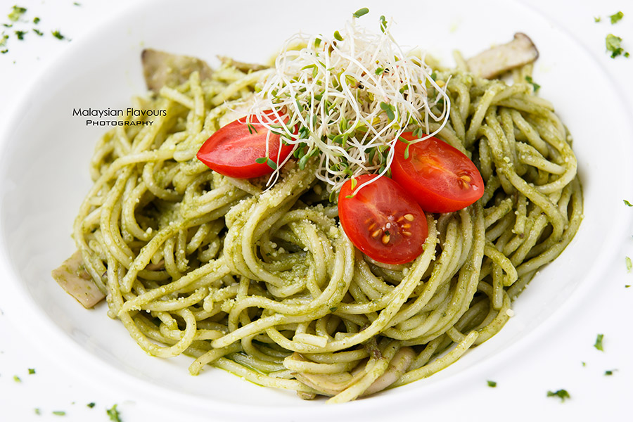 Goodness Greens Cafe by La Juiceria TTDI pesto pasta